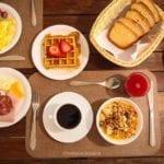 Restrições alimentares: saiba quais cuidados tomar durante viagens