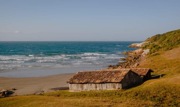 Praias tranquilas: 8 destinos ideais para o turismo de isolamento